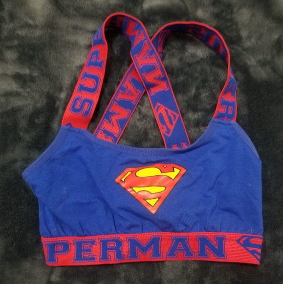 eae71b1cc3 Superman sports bra. M 5af4b1dba825a6a48ea18bad